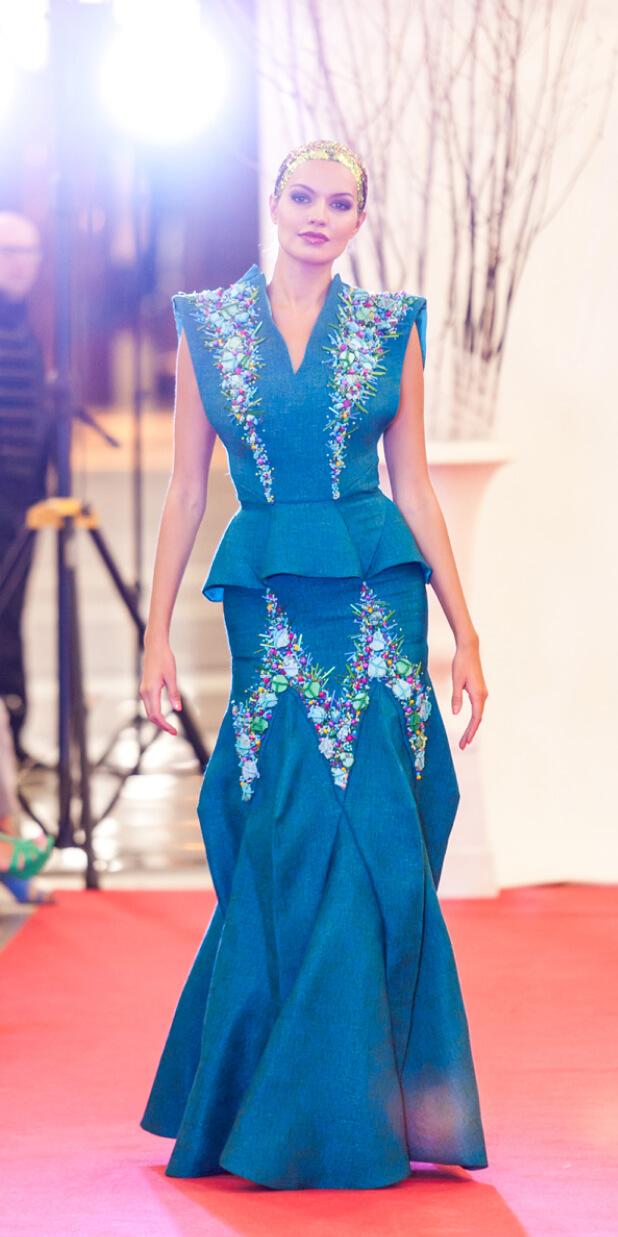 подиум модель платье сергей пугачёв 3