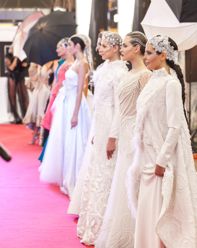 подиум модель платье сергей пугачёв 2
