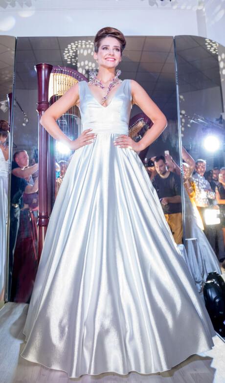 глафира тарханова актриса платье
